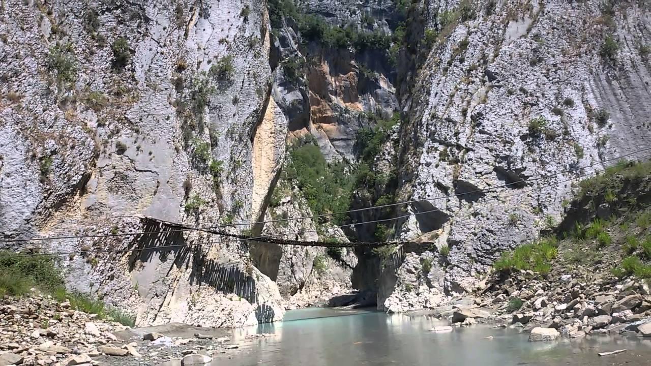 Holta Canyon – Geomonument Tour